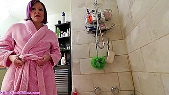 Audrey her mom gives a blowjob in the bathroom