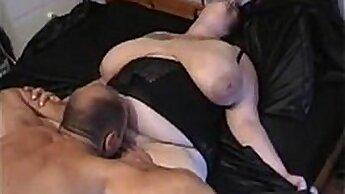 Big Assed Slutrix Jessica Fingers Pussy