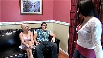 Busty stepmom Seang NW works stranger solo