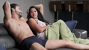 Big boob slut gets ass fucked hardcore