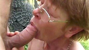 Busty granny Zoe Snow fucked outdoors