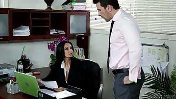 사무실 포르노 포르노물 - Ava Addams and Troy Vali sexy work out of the office