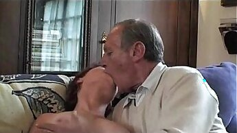 Aubrey Electra in granny threesome and facial