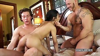 Asian Pledges In Threesome And Sex