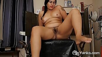 Busty & Hairy Woman Exploring Her Vibrating Lotion