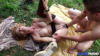 Blonde Mature Cougar Shows Off Is Tongue