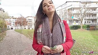 Beautiful natural teen Leila Givens from Germany