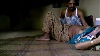 Amateur Indian Couple Having A Threesome