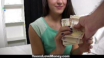 Beautiful Carolina Abril Velo - XXX Cash
