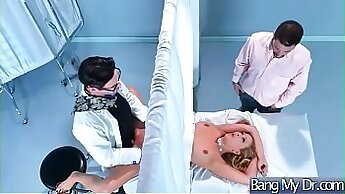 Britney BEEPS ON THE NURSE AT THE NEIGHBOW HER DILDO BOOTY