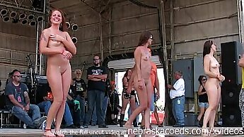 Amber Rayne Singer Nude And Masturbates On My Steel Pole